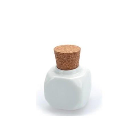 Bote de porcelana con tapón de corcho